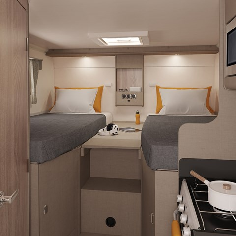 Edge 476 Twin Beds