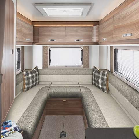 Escape 674 Rear Lounge