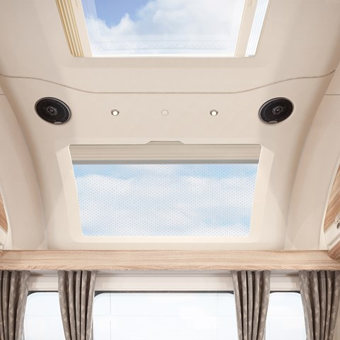 Challenger 645 Sunroof