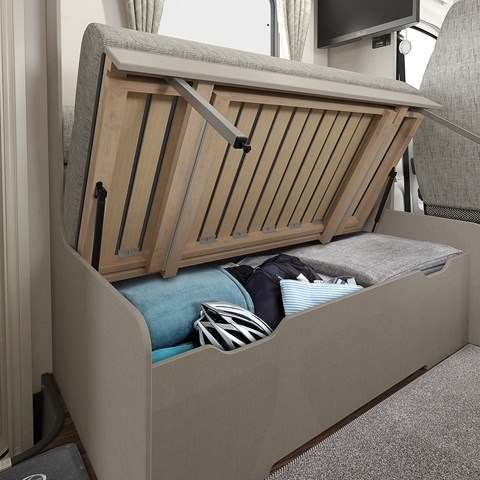 Edge 486 Underseat Storage